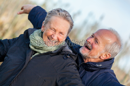 starszy senior para zadowolony smiech na