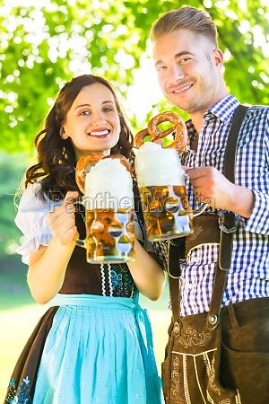 kobieta womane baba bayern bawaria piwo