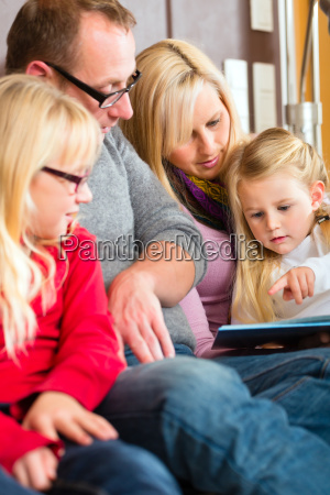 czytaj rodzine podczas przechowywania