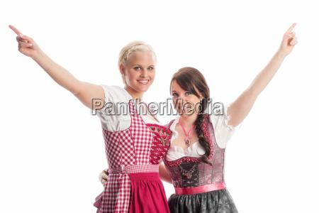 2 girls at the oktoberfest