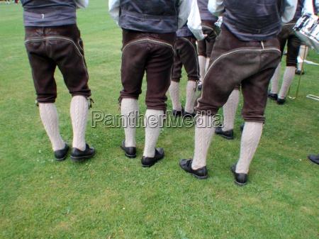 czlowiek mezczyzni skorzane spodnie skorzane spodnie