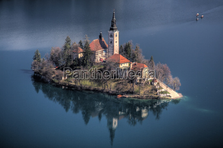 lake bled island slowenia