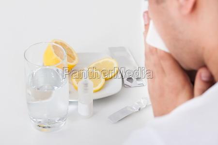 nos spray uczulenie leki lekarstwa nosa