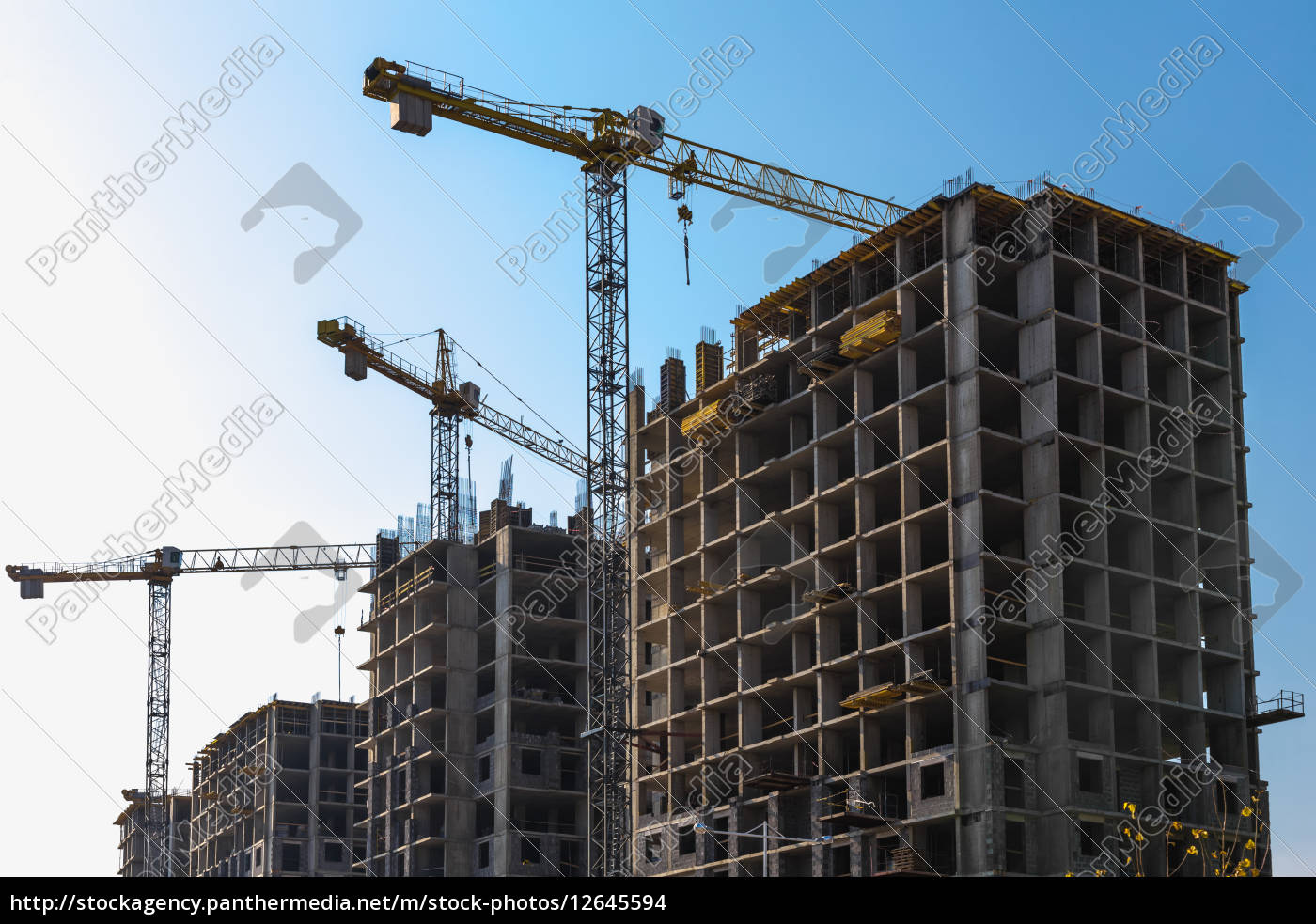 building, cranes, on, construction - 12645594
