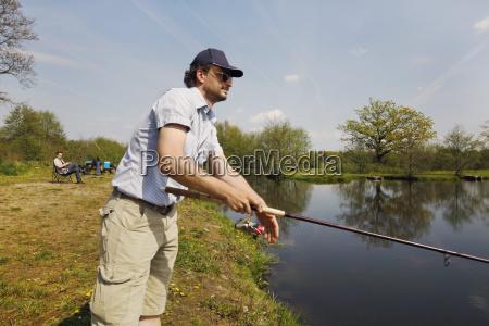 na zewnatrz rybolowstwo rybak suesswasser staw