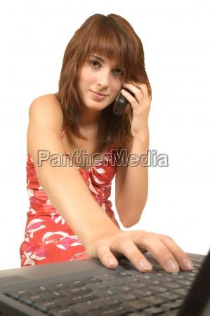 kobieta womane baba telefon laptop notebook