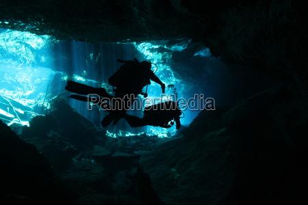 jaskinia podwodne nurkowanie diving head sprung
