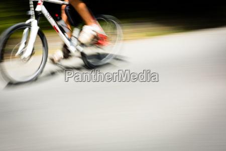 kolarz nieostre rowerzysci chaussee tempo geschindigkeit