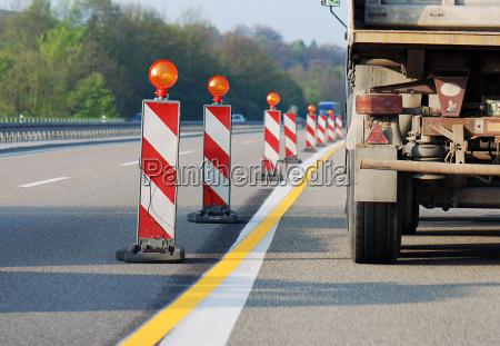 niebezpieczenstwo na budowie autostrad