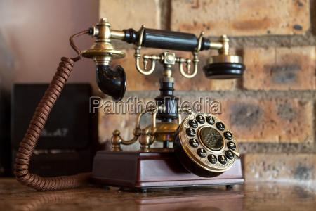 telefon antyk komunikacja ziffernblatt przestarzaly antyczny