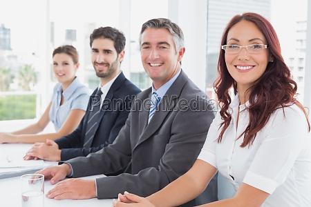 kobieta womane baba biuro strategia prezentacja