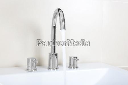 nowoczesne nowoczesna umywalka dotknij pitnej aqua