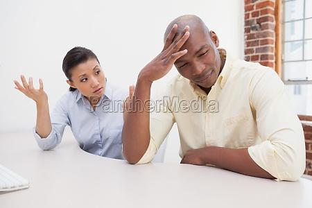 kobieta womane baba biuro kariera biurko
