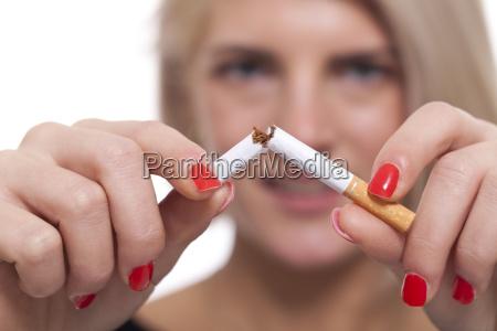 kobieta womane baba palenie wedzone pali