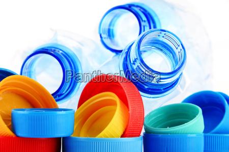 butelka flaszka bidon czapka zanieczyszczenia plastik