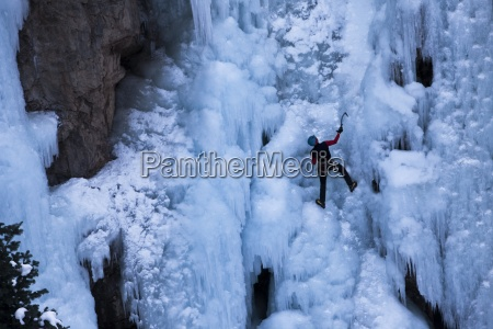 a ice climber free soloing a