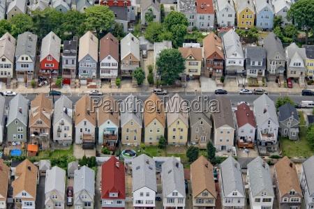 domy ulica w nowym jorku przedmiescie