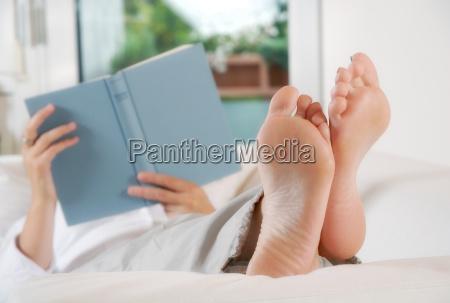 relaks podczas czytania