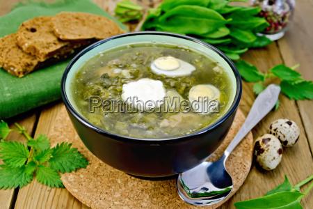 zupa zielen szczaw i pokrzywy z