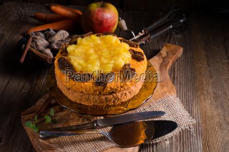 bezglutenowe weganskie ciasto marchewkowe