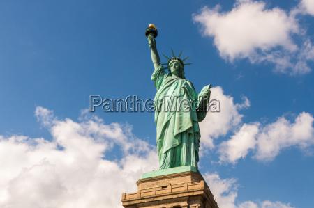 statua wolnosci w nowym jorku usa