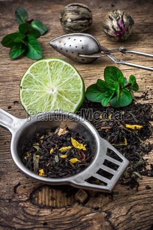 lisci herbaty