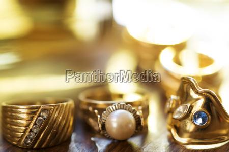 ring pierscionek kamien pestka wesele malzenstwa