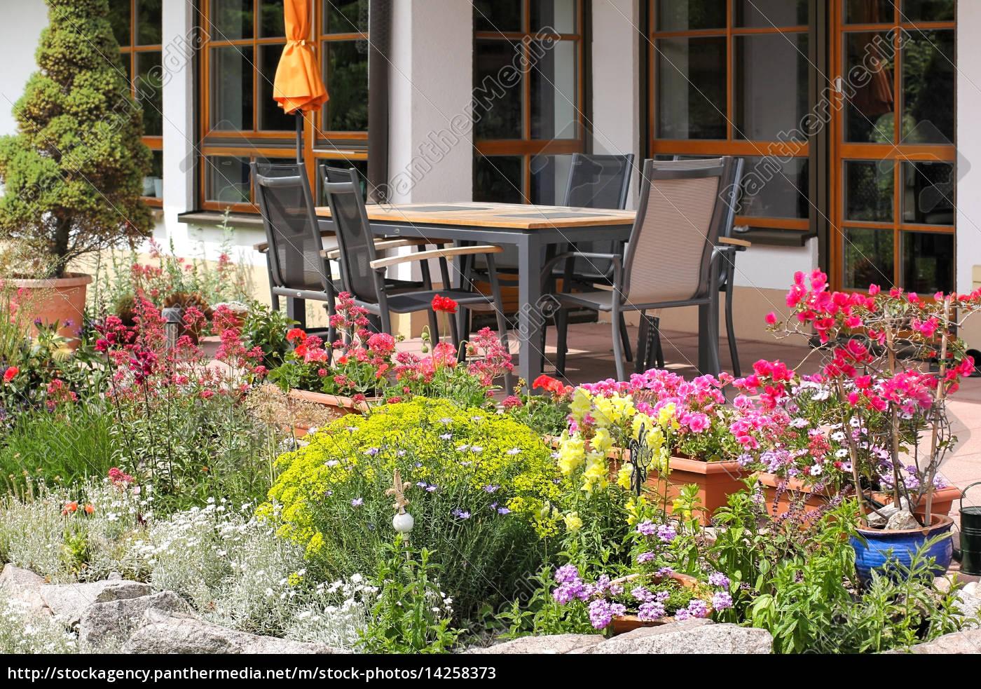 rock, ogród, z, miejscem, do, siedzenia - 14258373