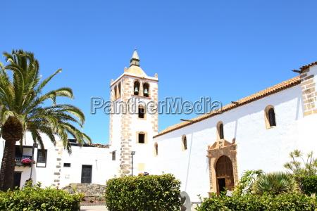 tower church heaven paradise palm tree