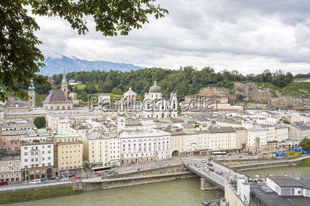widok na salzburg austria