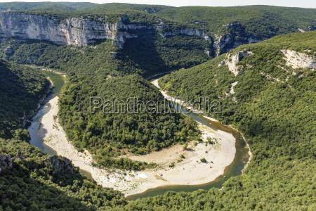 rzeka ardeche we francji