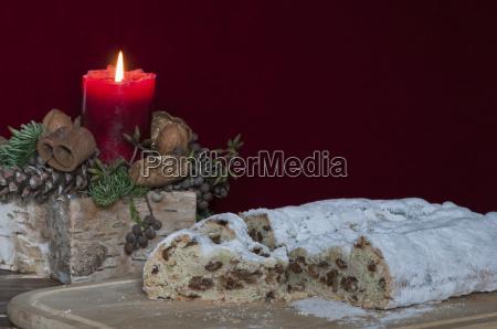 boze narodzenie stollen z dekoracja Swiateczna