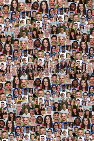grupa mlodych ludzi w tle social