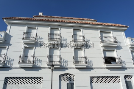 white house facade in andalusia