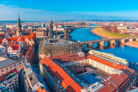 widok z lotu ptaka starego miasta