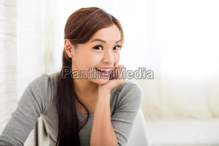 kobieta, w, domu - 16324515