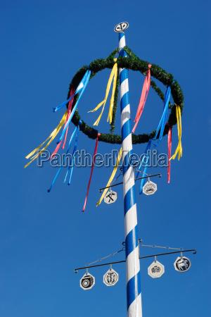 niebieski bayern bawaria tradycja maj ogrodek
