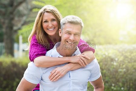 portret szczesliwej pary