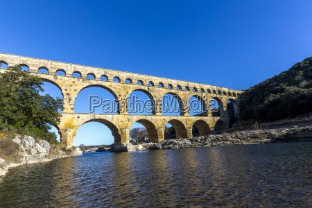 pont du gard jest stary rzymski