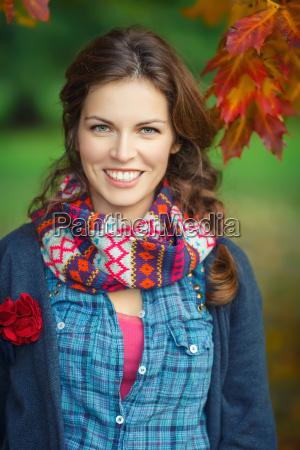 kobieta womane baba niebieski smiech smiac