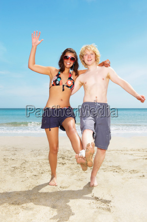 couple playing beach game