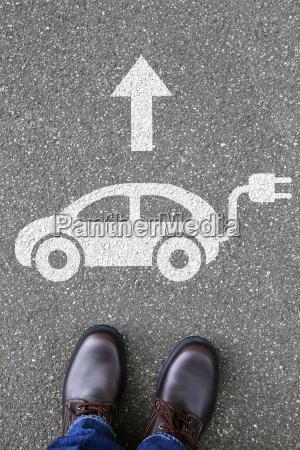 man man electric car samochod elektryczny