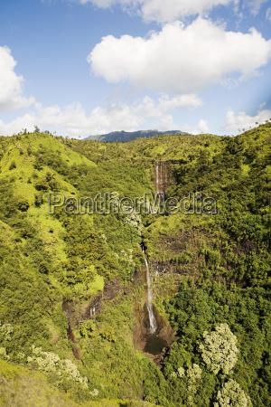 wodospad w parku narodowym kauai