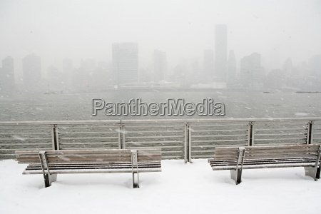 new york city skyline in winter