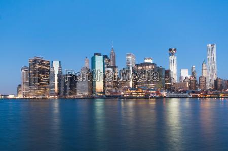 manhattan skyline at sunset new york