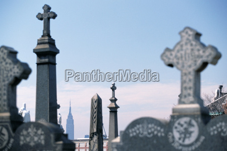 queens cemetery and empire state building