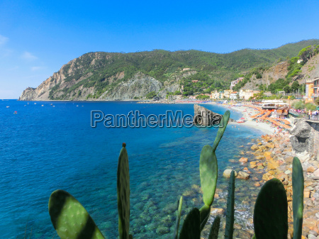 monterosso italy people at the