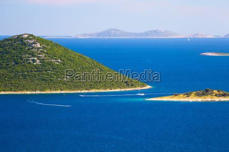 park narodowy jacht zaglowka archipelag kahn