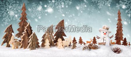 dekoracja drewna tlo z konstrukcja sniegu