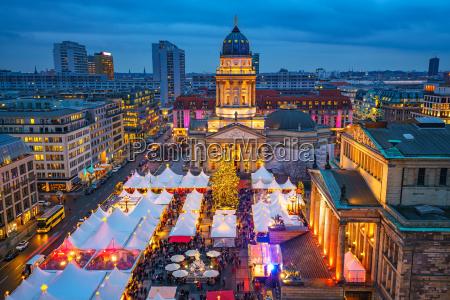 jarmark swiateczny w berlinie